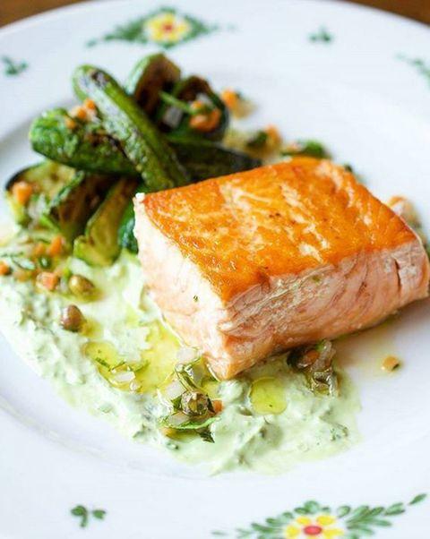 Dish, Cuisine, Food, Ingredient, Produce, À la carte food, Recipe, Salmon, Garnish, Meat,