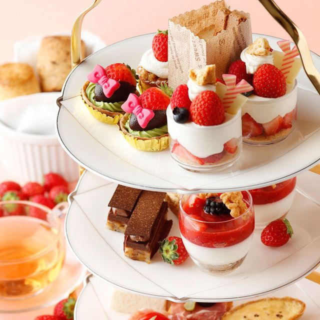 Dish, Food, Cuisine, Dessert, Ingredient, Frozen dessert, Strawberry, Strawberries, Recipe, Fruit cake,
