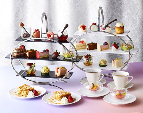 Food, Dishware, Serveware, Tableware, Cuisine, Dessert, Plate, Petit four, Dish, Teacup,
