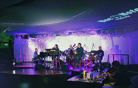 Performance, Stage, Purple, Event, Lighting, Concert, Performing arts, Performance art, Musical ensemble, Music venue,