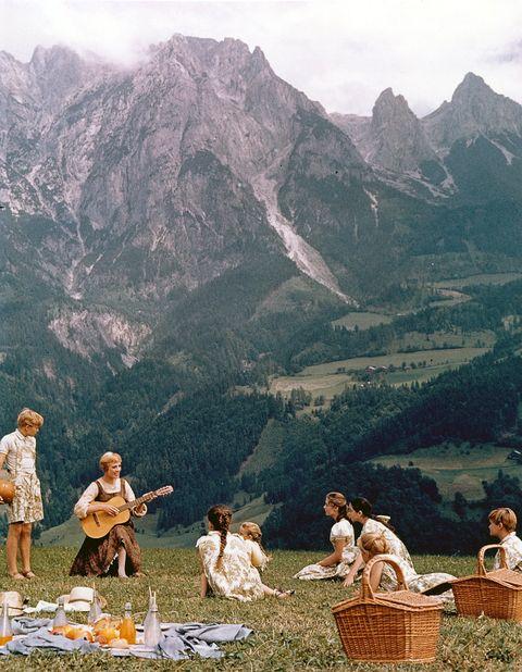 Mountain, Mountainous landforms, Mountain range, Tourism, Alps, Leisure, Hill station,