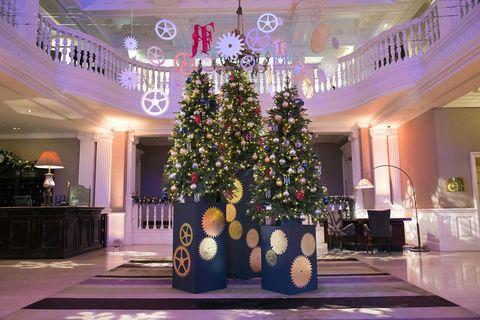 Christmas tree, Christmas decoration, Decoration, Tree, Purple, Violet, Interior design, Christmas, Lobby, Plant,
