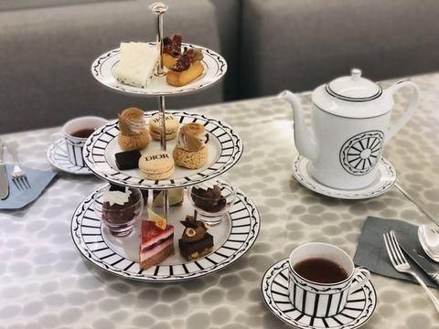 Table, Coffee cup, Saucer, Porcelain, Tableware, Serveware, Food, Teacup, Furniture, Dishware,