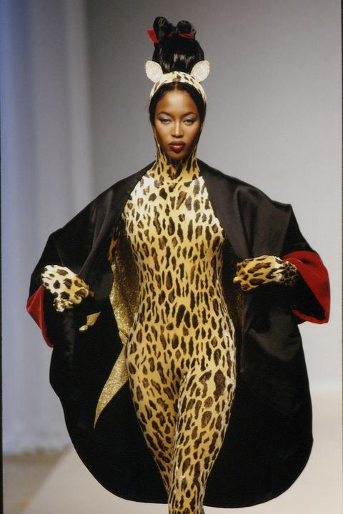 Headpiece, Headgear, Costume design, Hair accessory, Fashion, Costume accessory, Crown, Fur, Fashion design, Makeover,