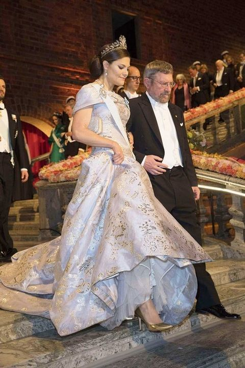 Event, Trousers, Dress, Coat, Suit, Bridal clothing, Outerwear, Formal wear, Gown, Tradition,