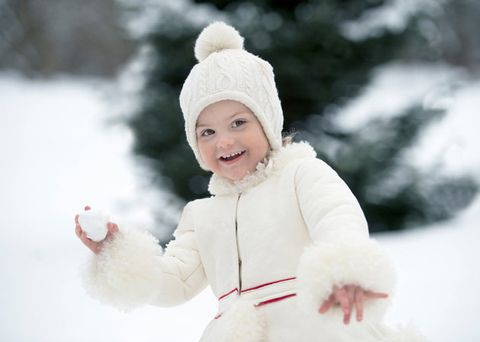 White, Snow, Winter, Playing in the snow, Skin, Child, Freezing, Headgear, Smile, Toddler,
