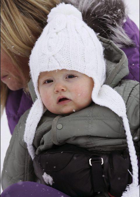 Child, Product, Toddler, Winter, Cheek, Snow, Bonnet, Purple, Knit cap, Headgear,