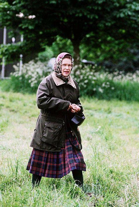 Kilt, Photograph, Green, Tartan, Grass, Plaid, Pattern, Design, Photography, Grassland,
