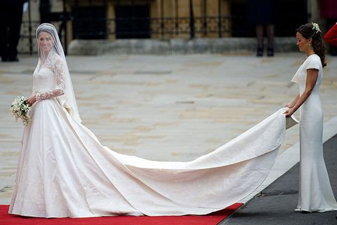 Flooring, Textile, Dress, Floor, Gown, Wedding dress, Formal wear, Carpet, Beauty, Tradition,