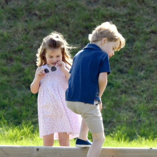 Hair, Ear, Human, Human body, Mammal, Child, People in nature, Summer, Baby & toddler clothing, Dress,