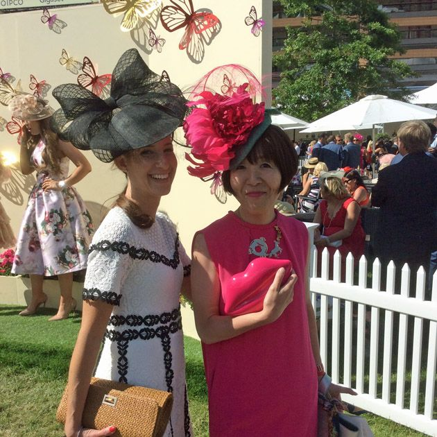 Costume, Child, Event, Headgear, Dress, Plant, Tradition, Fashion accessory, Flower,