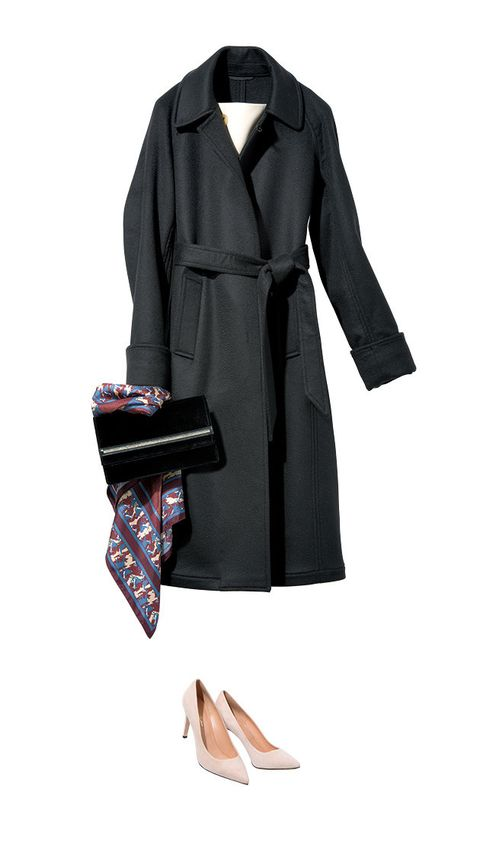 Clothing, Trench coat, Coat, Overcoat, Outerwear, Collar, Footwear, Sleeve, Robe, Duster,
