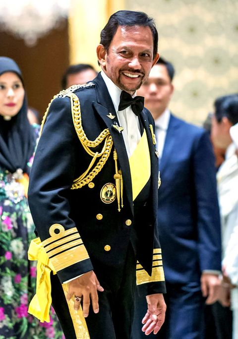 Uniform, Event, Suit, Formal wear, Gesture, Tradition, Smile, Ceremony, Military officer,