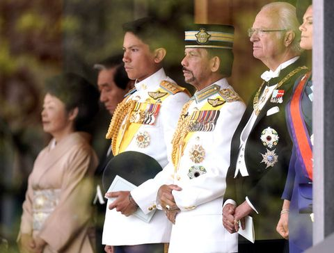 Military officer, Military rank, Uniform, Military uniform, Military person, Military, Event, Colonel, Ceremony, Gesture,