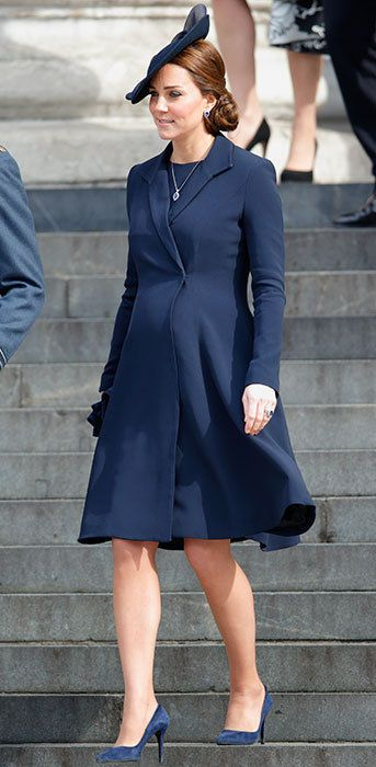 Clothing, Sleeve, Dress, Joint, Collar, Outerwear, Human leg, Standing, Formal wear, Style,