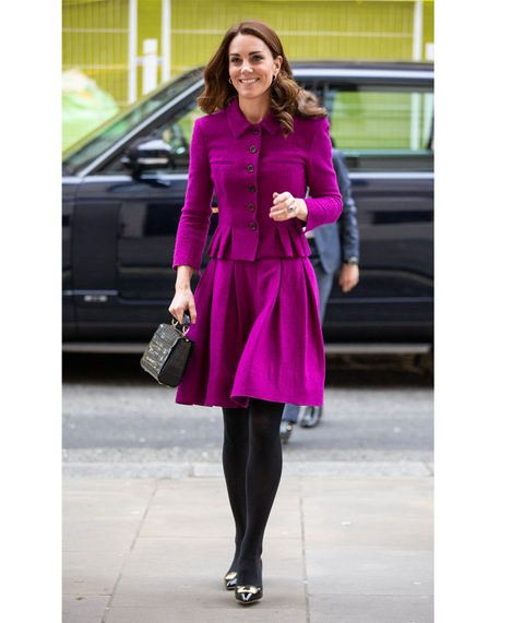 Clothing, Pink, Street fashion, Purple, Magenta, Outerwear, Coat, Violet, Fashion, Tights,