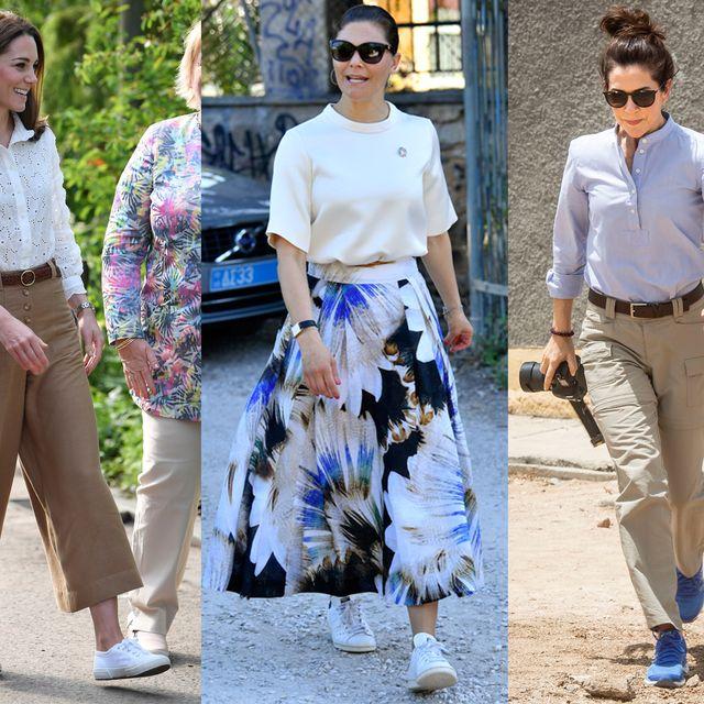 Clothing, Street fashion, Fashion, Footwear, Jeans, Shoe, Trousers, Crop top, Walking, Style,