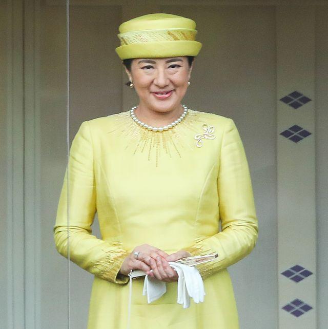 yellow, fashion, headgear, hat, fashion accessory, smile,