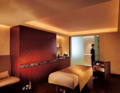 Room, Interior design, Furniture, Ceiling, Property, Building, Bedroom, Wall, Bed frame, Suite,
