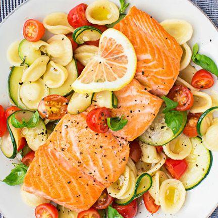 Dish, Food, Cuisine, Ingredient, Smoked salmon, Produce, Staple food, Vegetable, Vegetarian food, Salad,