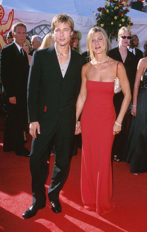 Red carpet, Carpet, Suit, Dress, Clothing, Formal wear, Event, Flooring, Premiere, Tuxedo,