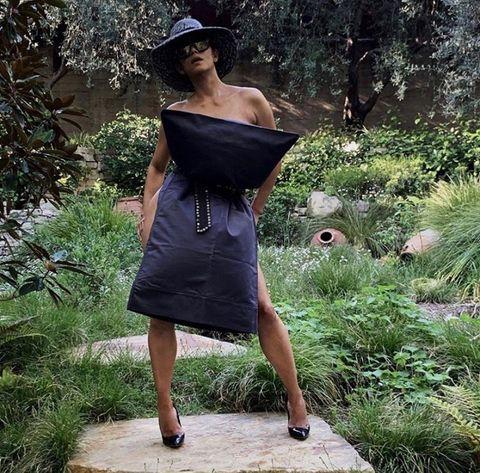Clothing, Shoulder, Dress, Beauty, Fashion, Footwear, Botany, Photo shoot, Joint, Shoe,