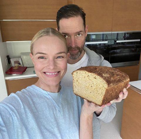 Food, Dish, Cuisine, Bread, Gluten, Baking, Baked goods, Loaf, Malt loaf, Eating,