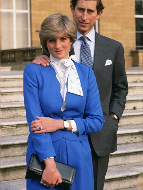 Suit, Cobalt blue, Clothing, Formal wear, Blue, Blazer, White-collar worker, Outerwear, Electric blue, Fashion,