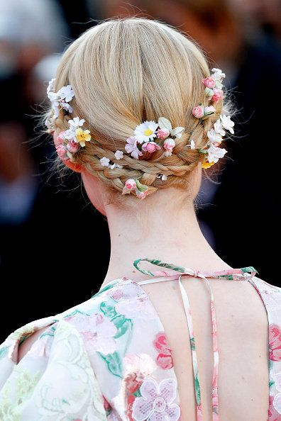 Hair, Hairstyle, Fashion, Beauty, Chin, Chignon, Haute couture, Ear, Spring, Fashion accessory,