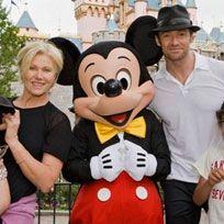 People, Mascot, Animated cartoon, Walt disney world, Amusement park, Park, Fun, Recreation, World, Vacation,