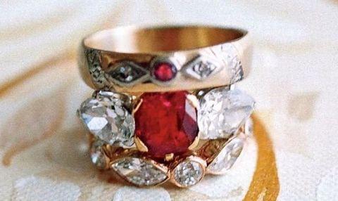 Jewellery, Fashion accessory, Ring, Gemstone, Ruby, Engagement ring, Diamond, Metal, Crystal,