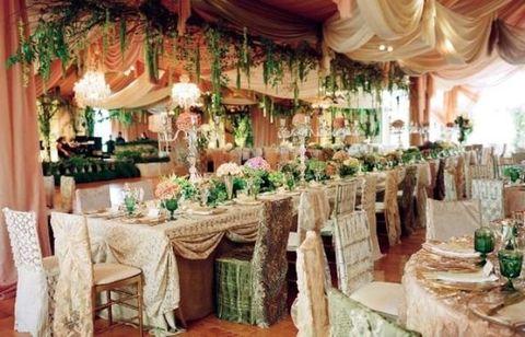 Decoration, Wedding banquet, Function hall, Wedding reception, Banquet, Chiavari chair, Restaurant, Tablecloth, Chair, Rehearsal dinner,