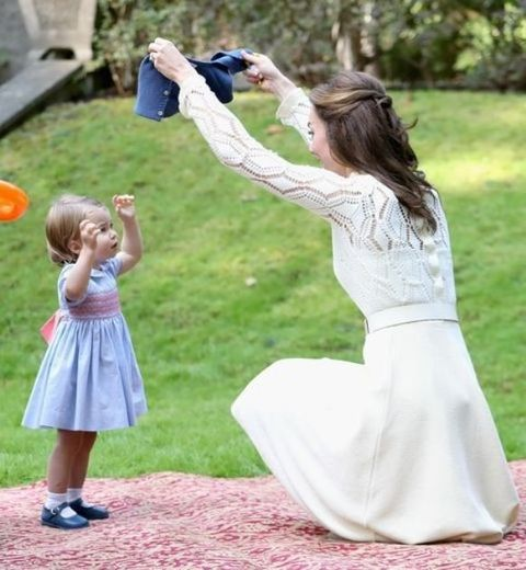Human, Photograph, Summer, People in nature, Child, Dress, Baby & toddler clothing, Spring, Toddler, Gown,