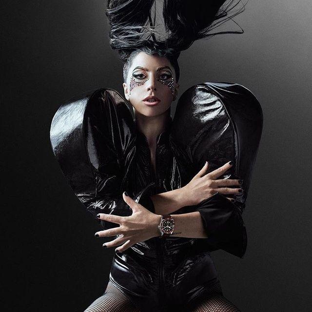 Beauty, Fashion, Fashion model, Model, Photo shoot, Hairstyle, Photography, Gothic fashion, Black hair, Long hair,
