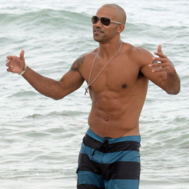Glasses, Fun, Human body, Goggles, Water, board short, Elbow, Standing, People on beach, Chest,