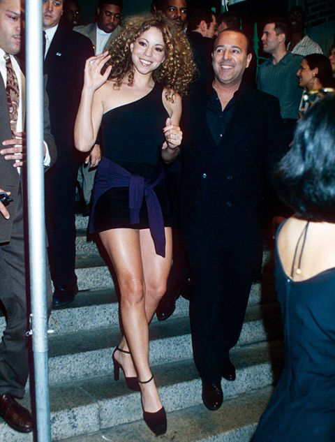 Little black dress, Clothing, Leg, Thigh, Dress, Fashion, Shoulder, Human body, Event, Cocktail dress,