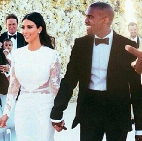 Suit, Formal wear, Tuxedo, Event, Wedding dress, Gesture, Dress, White-collar worker, Smile,