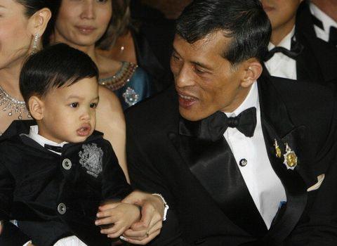Formal wear, Suit, Event, Child, Gesture, Tuxedo, Thumb, Smile,