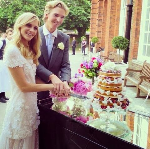 Dress, Pink, Floristry, Wedding dress, Bride, Wedding ceremony supply, Purple, Ceremony, Wedding, Flower Arranging,