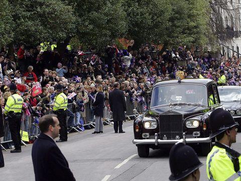 Vehicle, Luxury vehicle, Car, Crowd, Vintage car, Antique car, Classic car, Classic, Event, Rolls-royce,