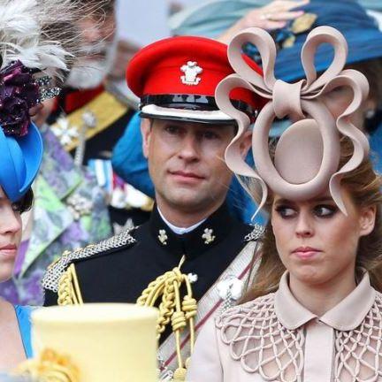 Headpiece, Headgear, Hat, Fashion accessory, Uniform, Event, Costume hat, Ear, Costume accessory, Costume,