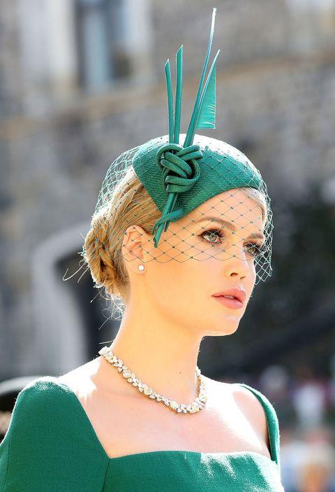Nose, Lip, Eye, Chin, Eyelash, Fashion accessory, Hair accessory, Headpiece, Style, Headgear,