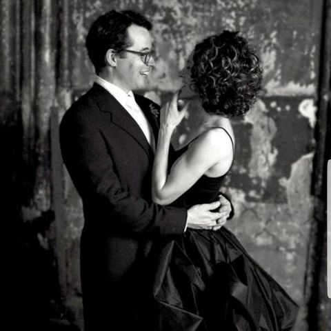 Photograph, Romance, Black-and-white, Interaction, Love, Photography, Film noir, Monochrome photography, Kiss, Monochrome,