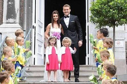 People, Event, Ceremony, Child, Wedding, Plant, Smile, Family,