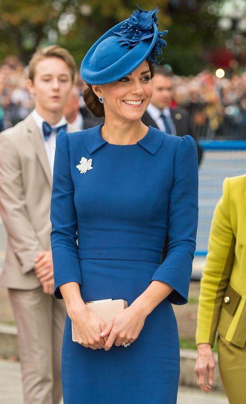 Cobalt blue, Blue, Clothing, Electric blue, Fashion, Street fashion, Dress, Yellow, Formal wear, Suit,