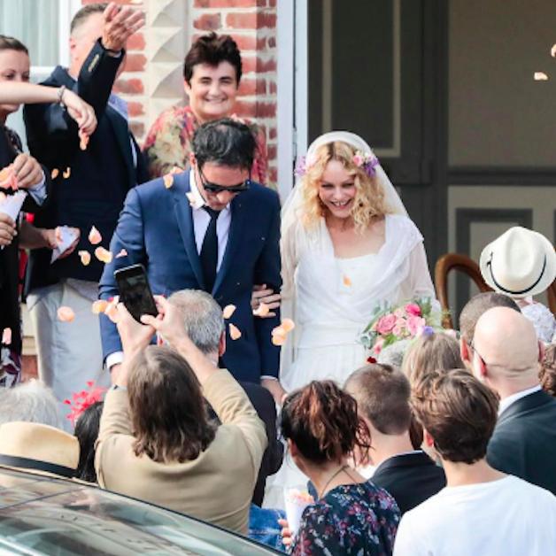 Event, Ceremony, Fashion, Dress, Wedding, Wedding dress, Crowd,