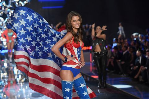 Flag of the united states, Flag, Fashion, Event, Fashion show, Performance, Talent show, Competition, Fashion design, Fan,