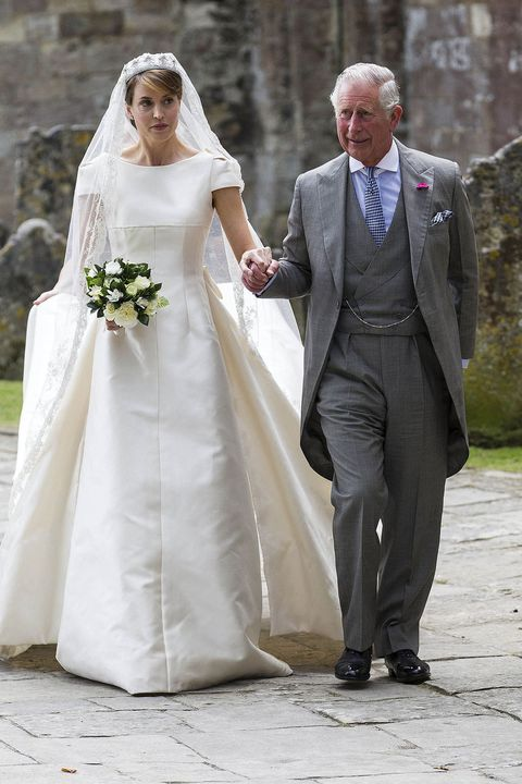 Wedding dress, Bride, Gown, Photograph, Bridal clothing, White, Dress, Veil, Clothing, Wedding,