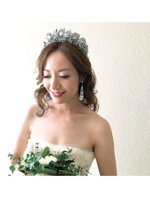 Headpiece, Hair, Bride, Photograph, Hair accessory, Clothing, Dress, Hairstyle, Skin, Beauty,