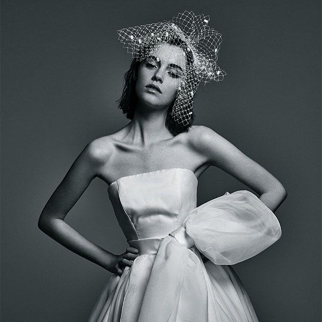 Dress, Shoulder, White, Gown, Style, Formal wear, One-piece garment, Monochrome, Monochrome photography, Day dress,